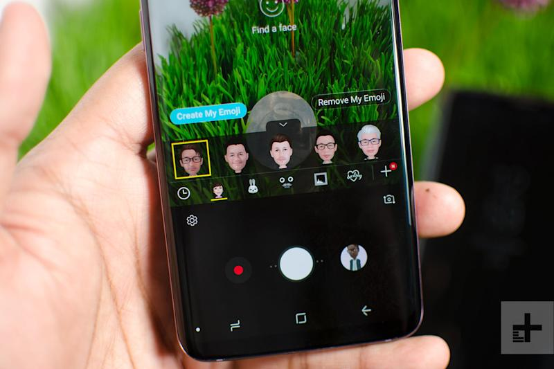 galaxy s9 hands-on review photo grass emoji