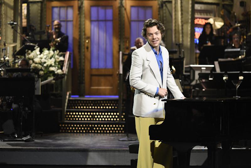 Harry Styles Unveils the Track List for His Upcoming Album, Fine Line