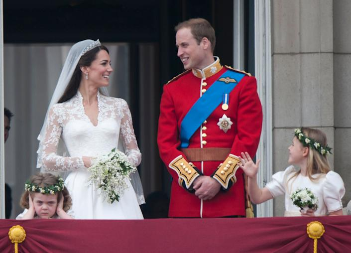 LONDON, UNITED KINGDOM - JANUARY 13:  TRH Catherine, Duchess of Cambridge and Prince William, Duke of Cambridge on the balcony at Buckingham Palace with Bridesmaids Margarita Armstrong-Jones (Right) And Grace Van Cutsem (Left), following their wedding at Westminster Abbey on April 29, 2011 in London, England.     (Photo by Mark Cuthbert/UK Press via Getty Images)