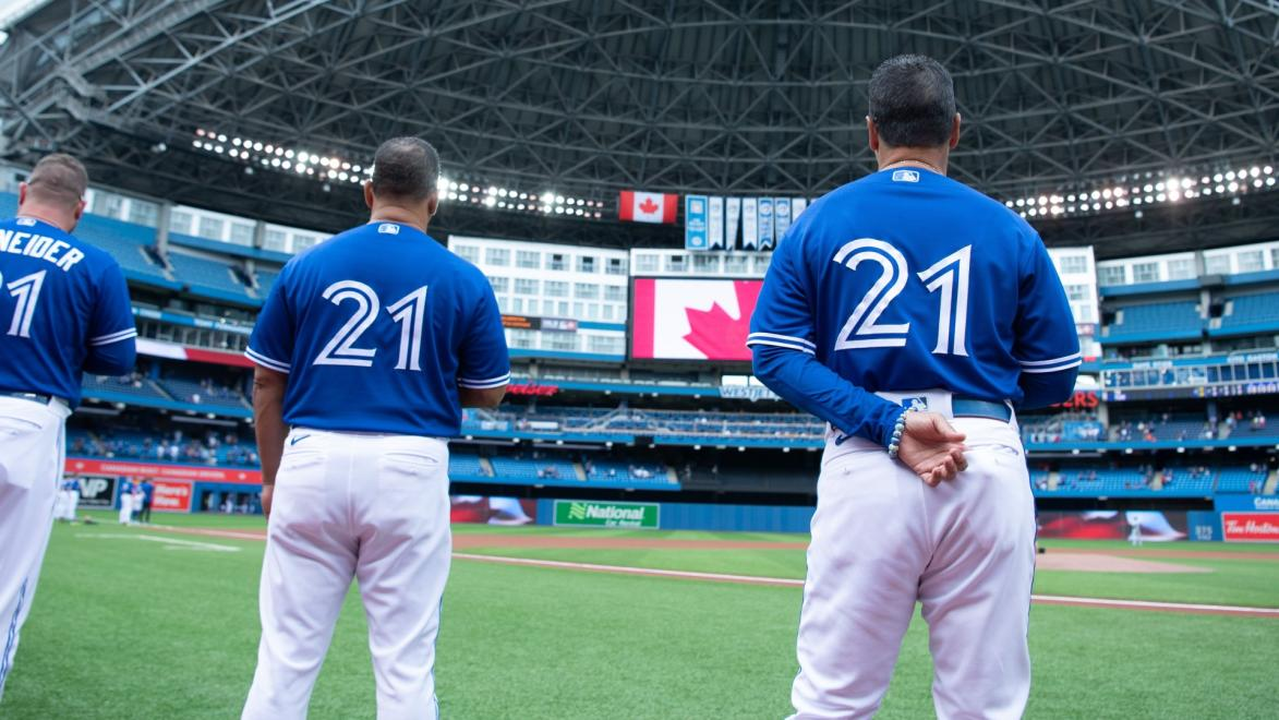 MLB: Blue Jays from Puerto Ric celebrate Roberto Clemente Day - Yahoo Sports