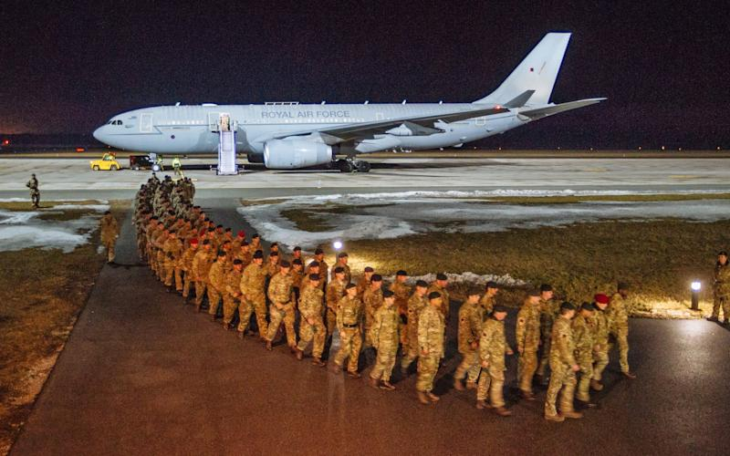 Soldiers from the 5th Battalion The Rifles Battlegroup (5 RIFLES) arrive at Amari airbase in Estonia - Credit: Estonian Defence Ministry