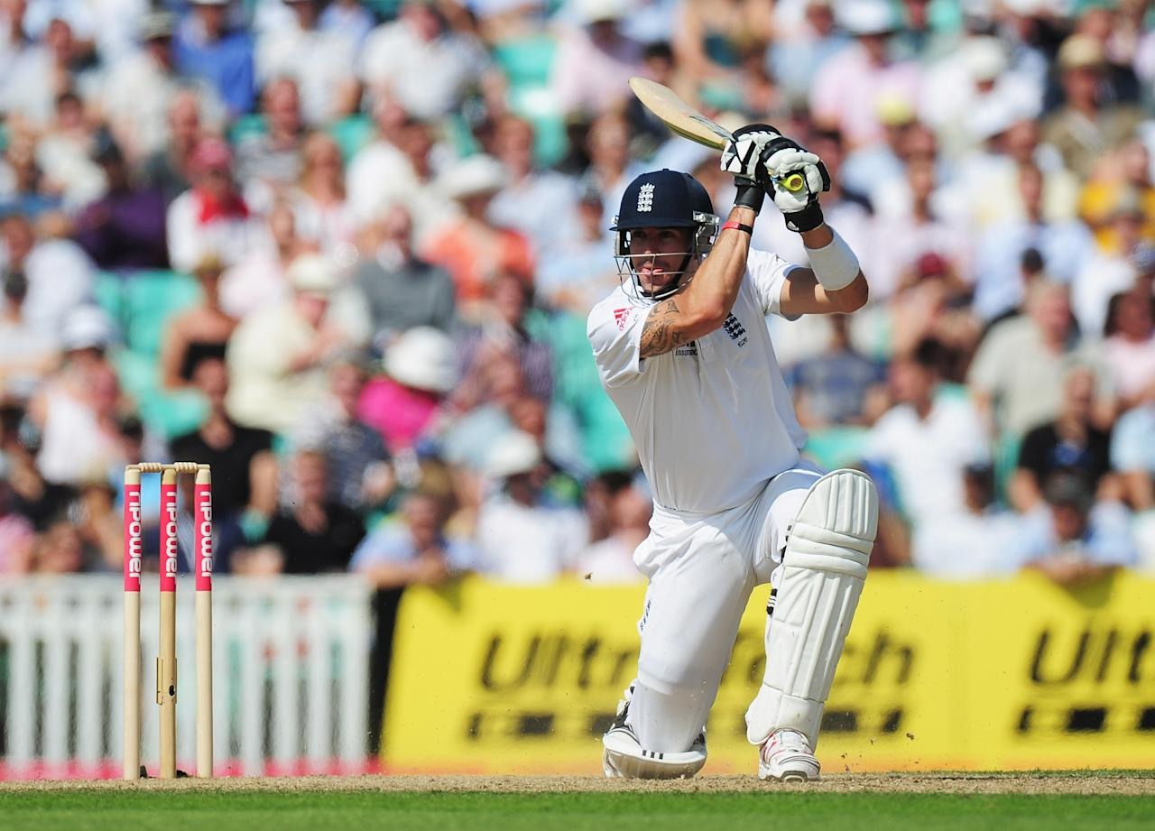 LONDON, ENGLAND - AUGUST 19:  Kevin Pietersen of England hits out during day two of the 4th npower Test Match between England and India at The Kia Oval on August 19, 2011 in London, England.  (Photo by Shaun Botterill/Getty Images)