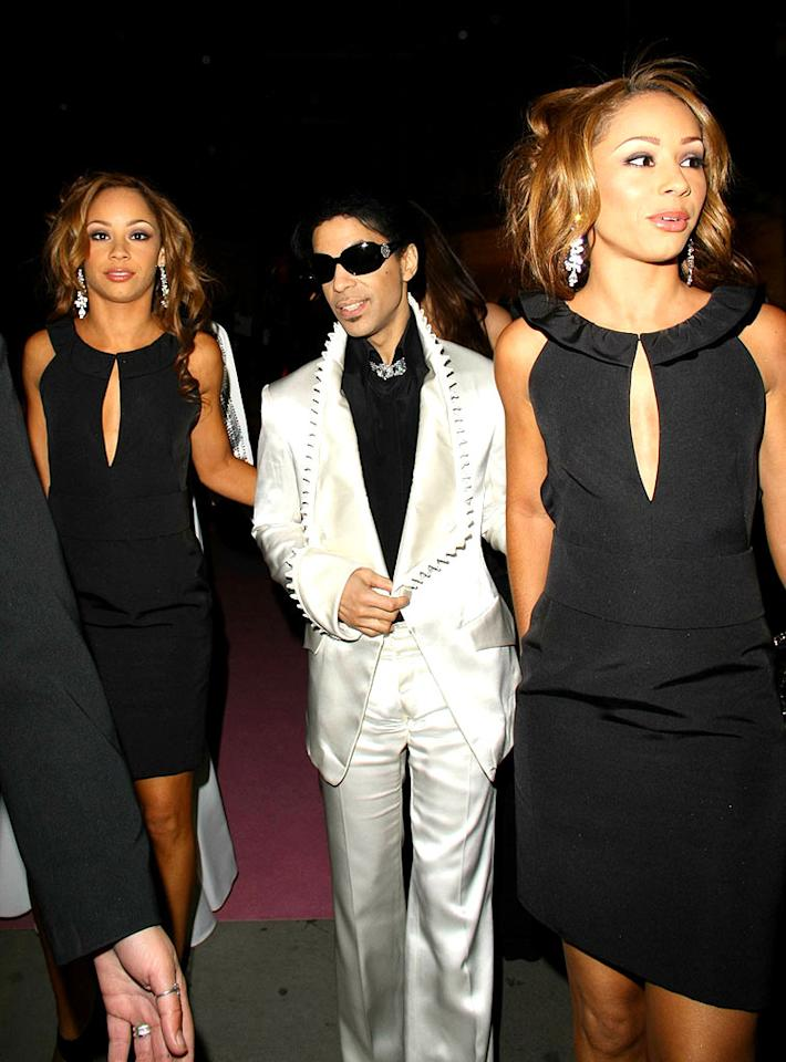 "Prince leaves the Golden Age of Couture show at London Fashion Week with twin models. <a href=""http://www.splashnewsonline.com"" target=""new"">Splash News</a> - September 18, 2007"