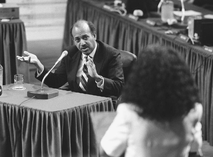 Alcee Hastings testifying at his impeachment trial in 1989. (Photo: Michael Jenkins/Congressional Quarterly/Getty Images)