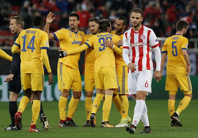 Soccer Football - Champions League - Olympiacos vs Juventus - Karaiskakis Stadium, Piraeus, Greece - December 5, 2017 Juventus' Federico Bernardeschi celebrates scoring their second goal with teammates REUTERS/Alkis Konstantinidis