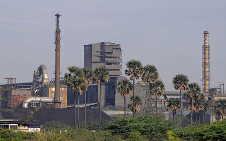 A general view shows Sterlite Industries Ltd's copper plant, a unit of London-based Vedanta Resources, in Tuticorin, in Tamil Nadu April 5, 2013.  REUTERS/Stringer/Files