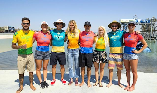 Surfistas no Surf Ranch (WSL / KELLY CESTARI)