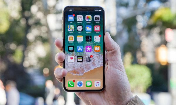Apple Already Has an Answer for Galaxy S10's Best Feature