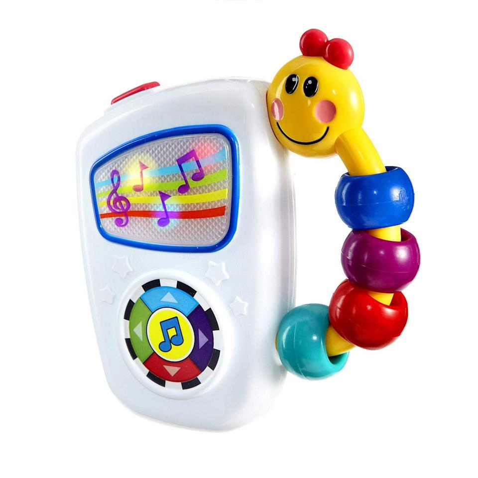 """<p>The <a href=""""https://www.popsugar.com/buy/Baby-Einstein-Take-Along-Tunes-Musical-Toy-394425?p_name=Baby%20Einstein%20Take%20Along%20Tunes%20Musical%20Toy&retailer=amazon.com&pid=394425&price=9&evar1=moms%3Aus&evar9=45662256&evar98=https%3A%2F%2Fwww.popsugar.com%2Ffamily%2Fphoto-gallery%2F45662256%2Fimage%2F45662367%2FBaby-Einstein-Take-Along-Tunes-Musical-Toy&list1=gifts%2Cbaby%20shopping%2Cgifts%20for%20babies%2Cbest%20of%202019&prop13=api&pdata=1"""" rel=""""nofollow"""" data-shoppable-link=""""1"""" target=""""_blank"""" class=""""ga-track"""" data-ga-category=""""Related"""" data-ga-label=""""https://www.amazon.com/gp/product/B000YDDF6O"""" data-ga-action=""""In-Line Links"""">Baby Einstein Take Along Tunes Musical Toy</a> ($9) was the most gifted toy of 2018.</p>"""