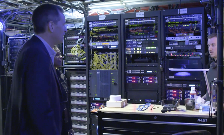 The technology behind Frozen the musical [Video]