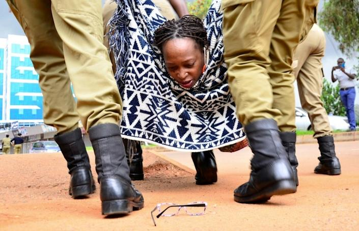 On Monday, Ugandan police seized activist Stella Nyanzi, leaving her glasses behind, in a protest she appealed against the government's manipulation of food aid.