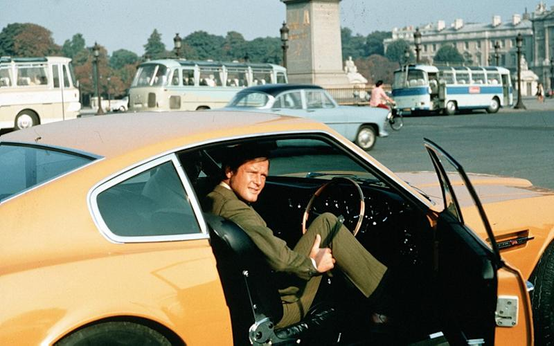 The Persuaders TV series - Roger Moore - Aston Martin DBS