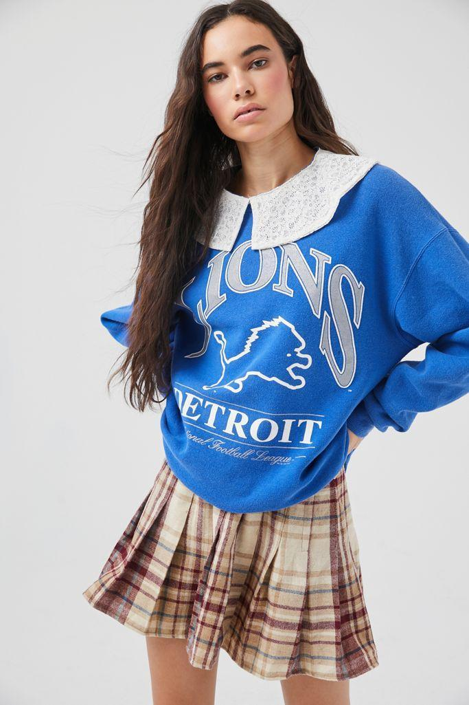 """The collegiate look isn't slowing down, and this collared sweatshirt is an interesting take on the Insta-famous trend. $59, Urban Outfitters. <a href=""""https://www.urbanoutfitters.com/shop/urban-renewal-recycled-lace-collar-sweatshirt?"""" rel=""""nofollow noopener"""" target=""""_blank"""" data-ylk=""""slk:Get it now!"""" class=""""link rapid-noclick-resp"""">Get it now!</a>"""