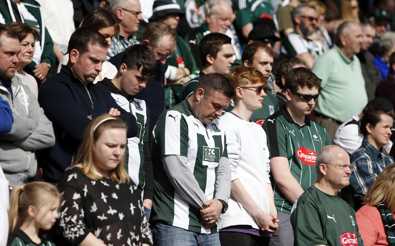 "Britain Football Soccer - Doncaster Rovers v Plymouth Argyle - Sky Bet League Two - Keepmoat Stadium - 26/3/17 Fans observe a minutes silence in respect for the victims of the London attack before the game  Action Images via Reuters / Ed Sykes Livepic EDITORIAL USE ONLY. No use with unauthorized audio, video, data, fixture lists, club/league logos or ""live"" services. Online in-match use limited to 45 images, no video emulation. No use in betting, games or single club/league/player publications.  Please contact your account representative for further details."