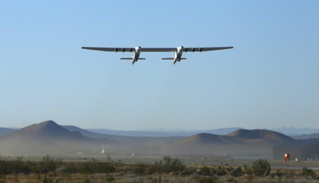Stratolaunch airplane in flight