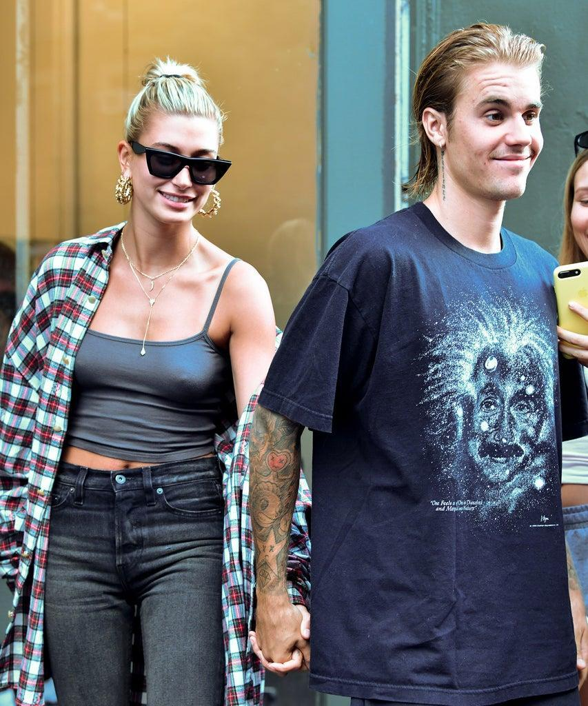 NEW YORK, NY – AUGUST 08: Hailey Baldwin and Justin Bieber visit Cutler hair salon in SoHo on August 8, 2018 in New York City. (Photo by James Devaney/GC Images)