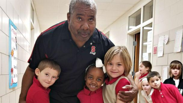 PHOTO: 'I love kids. I love seeing them smile and seeing them happy,' Wilbert Knight told ABC News. (Pugliese West Elementary School)