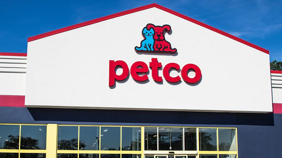 Raritan, NJ, August 27, 2016: A Petco store front.