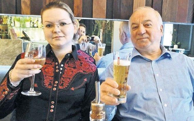 Sergei Skripal with his daughter Yulia at a restaurant believed to be Zizzi's. - News Scans