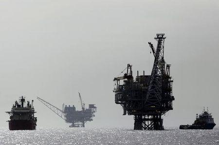 FILE PHOTO: File picture of Israeli gas platform is seen in the Mediterranean sea