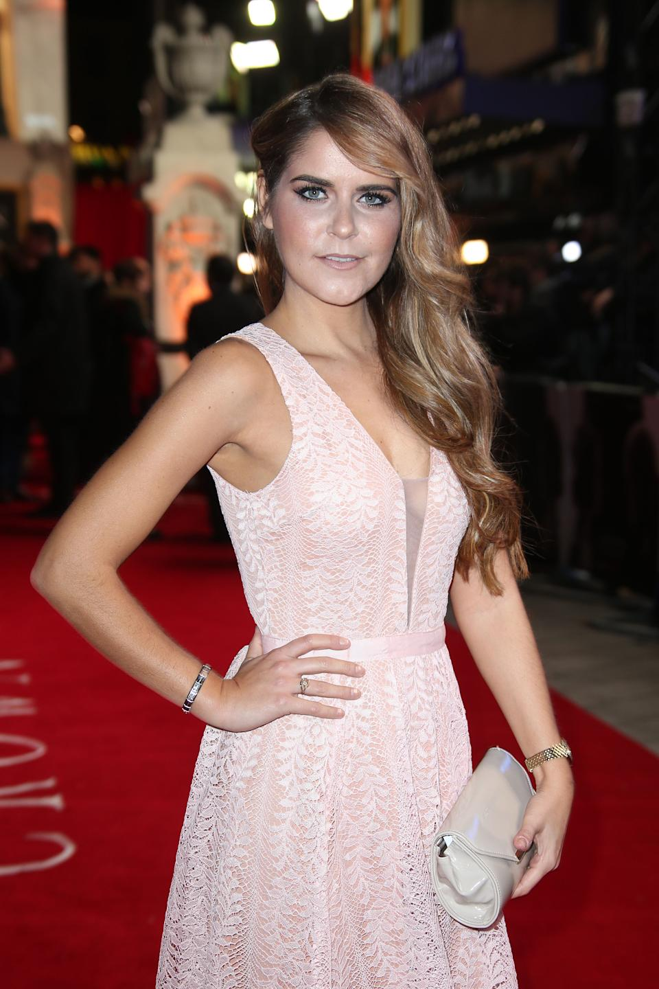 Gemma Oaten poses for photographers upon arrival at the premiere of the film 'The Crown' in London, Tuesday, Nov. 1, 2016. (Photo by Joel Ryan/Invision/AP)