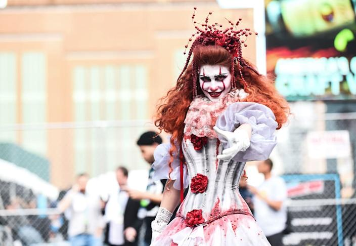 """<div class=""""inline-image__caption""""><p>A cosplayer poses during New York Comic Con 2019 on October 04, 2019 in New York City. </p></div> <div class=""""inline-image__credit"""">DANIEL ZUCHNIK/Getty</div>"""