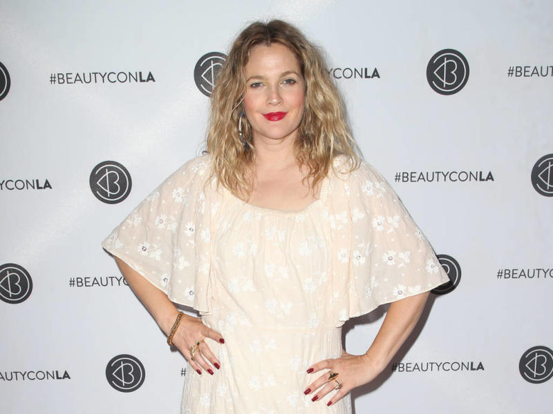 Drew Barrymore to host daytime talk show