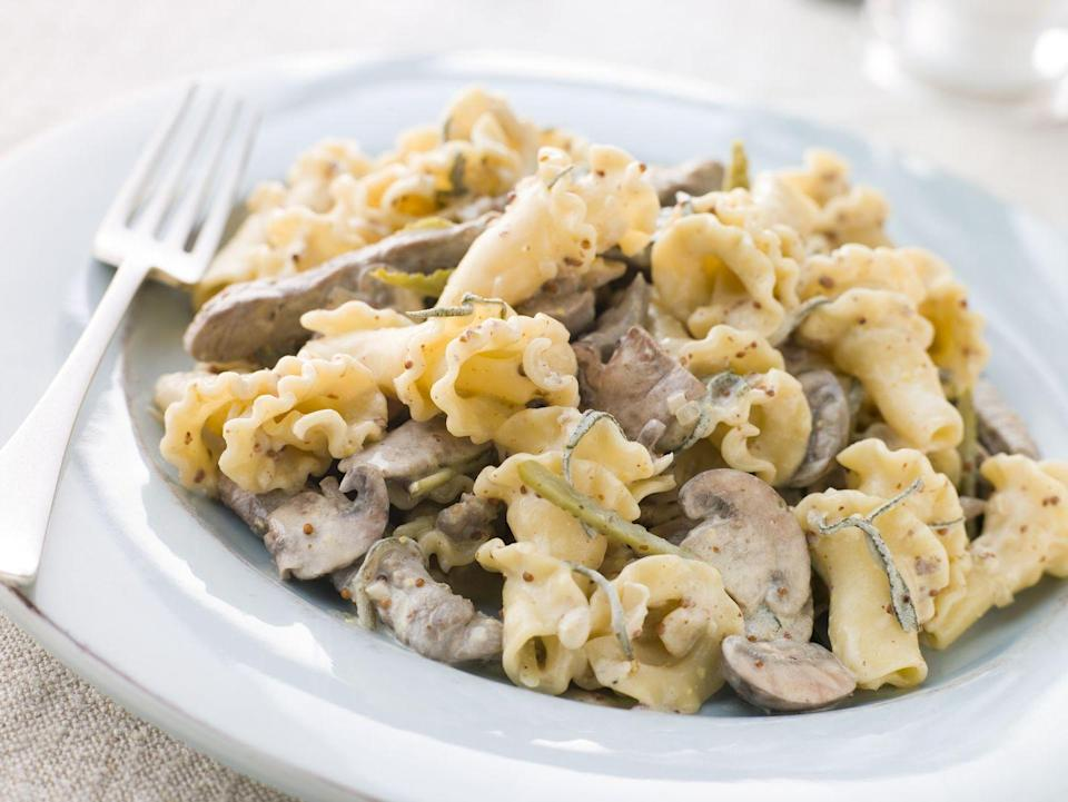 <p>Campanelle is usually served with a thick sauce, or even in a casserole. </p>