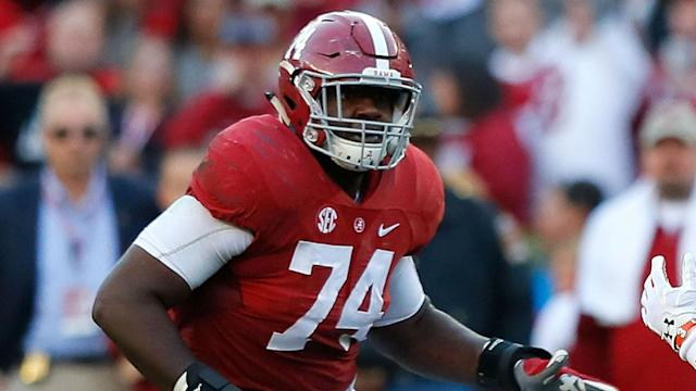 Alabama tackle Cam Robinson has five visits scheduled over the next two weeks, a source tells Sporting News.