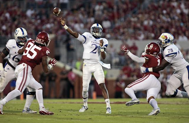 """<a class=""""link rapid-noclick-resp"""" href=""""/ncaaf/players/227162/"""" data-ylk=""""slk:Montell Cozart"""">Montell Cozart</a> was Kansas' leading passer in 2016. (Getty)"""