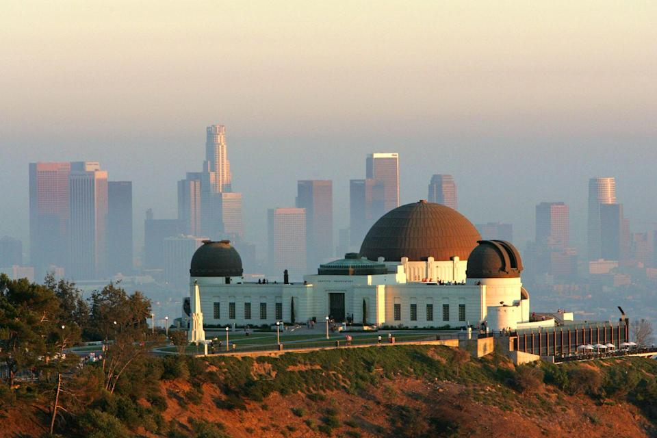 <p>Griffith Park gives visitors an aerial view of Los Angeles, Hollywood, and the Pacific Ocean, and houses multiple trails that lead straight to the Hollywood Sign. <br></p>