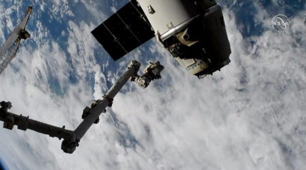 SpaceX's Dragon spacecraft to reach Earth on Monday
