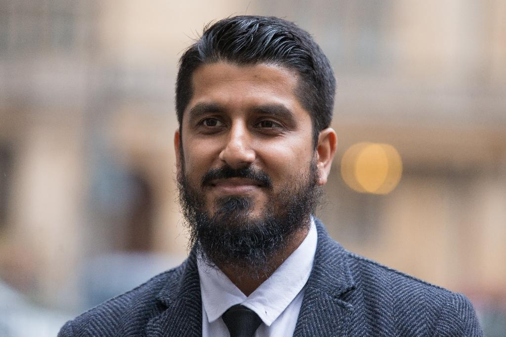 Speaking outside the court, Cage director Muhammad Rabbani called for Britain's anti-terrorism legislation to be changed (AFP Photo/Daniel LEAL-OLIVAS)