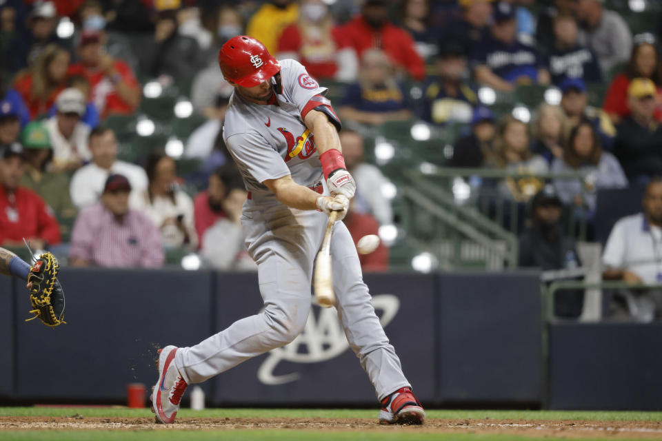 St. Louis Cardinals first baseman Paul Goldschmidt hits a two-run home run against the Milwaukee Brewers during the eighth inning of a baseball game Wednesday, Sept. 22, 2021, in Milwaukee. (AP Photo/Jeffrey Phelps)