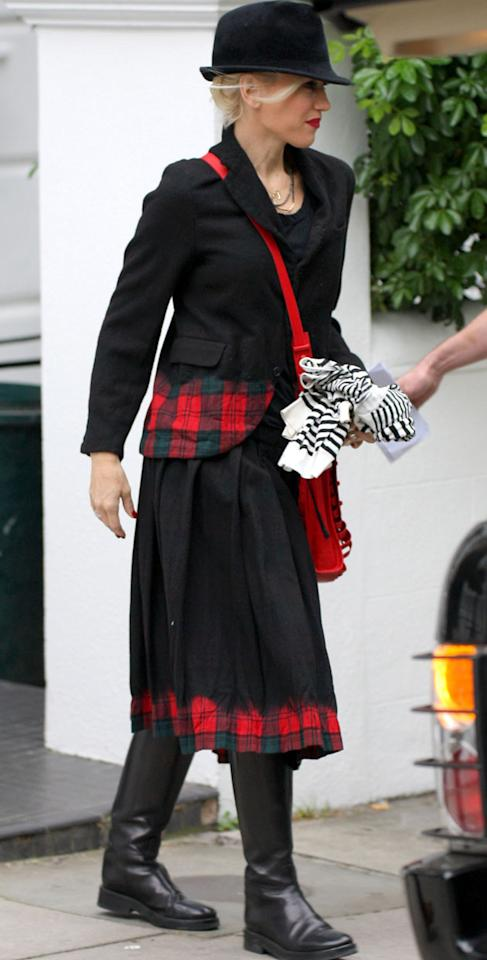 Gwen Stefani made a simply nod to tartan - with the trim on her jacket and skirt