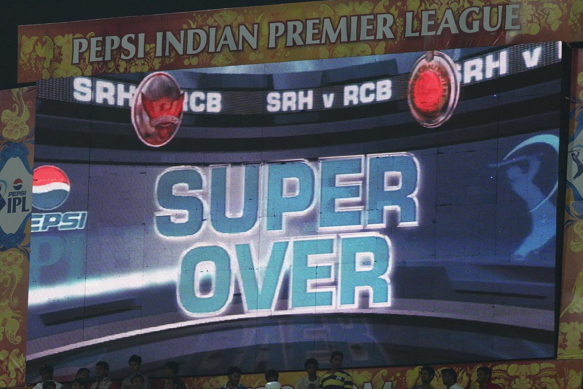 Super Over, the first of IPL 2013 during match 7 of the Pepsi Indian Premier League between The Sunrisers Hyderabad and Royal Challengers Bangalore held at the Rajiv Gandhi International Stadium, Hyderabad on the 7th April 2013..Photo by Ron Gaunt-IPL-SPORTZPICS  ..Use of this image is subject to the terms and conditions as outlined by the BCCI. These terms can be found by following this link:..https://ec.yimg.com/ec?url=http%3a%2f%2fwww.sportzpics.co.za%2fimage%2fI0000SoRagM2cIEc&t=1506333567&sig=M4vltBvS6W_3XCNei_j2XQ--~D