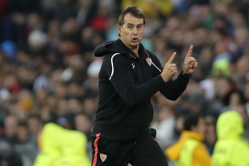 Sevilla's head coach Julen Lopetegui gestures during the Spanish La Liga soccer match between Real Madrid and Sevilla at Santiago Bernabeu stadium in Madrid, Saturday, Jan. 18, 2020. (AP Photo/Manu Fernandez)