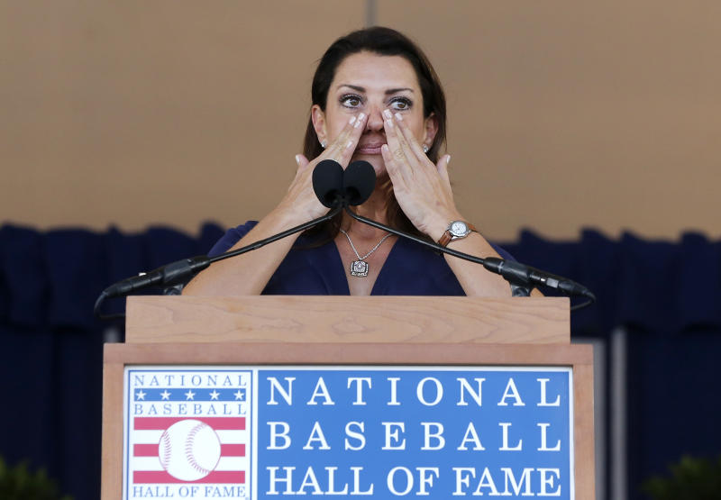 Brandy Halladay speaking at the Hall of Fame about her late husband Roy. (Photo by Jim McIsaac/Getty Images)