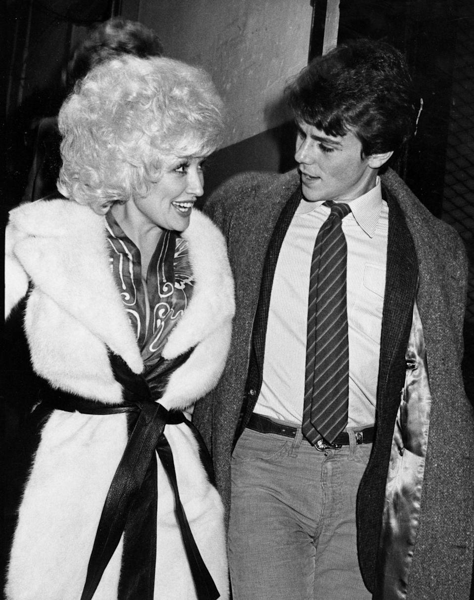 <p>Did you know that Dolly is grew up as one of 12 children? Here she is spending time with her brother David, who keeps out of the public eye.</p>