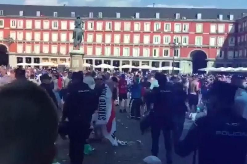Clashes: Leicester fans filled the popular Madrid square ahead of Wednesday's match (@pintsandpyro)