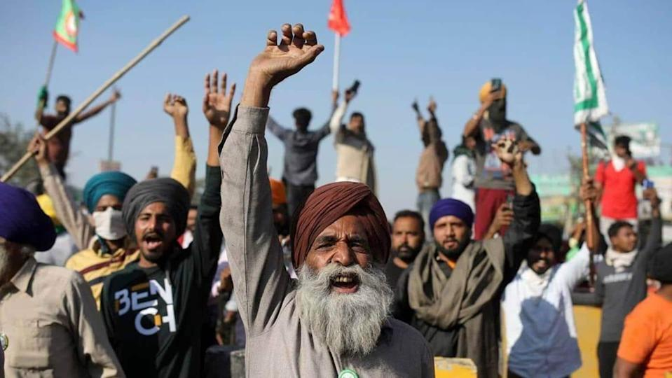 Farmers protest in Haryana against sedition case amid high alert