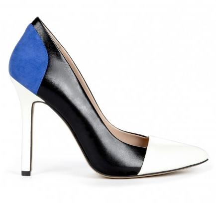 """<div class=""""caption-credit""""> Photo by: Sole Society</div><div class=""""caption-title"""">Colorblock Pumps, $64.95</div>Colorblocking is everywhere this fall; on tops, dresses, skirts, and even shoes, like these stylish pumps. This is one trend that transcends categories. Wear it on everything! <br> <i>Get them from <a rel=""""nofollow"""" href=""""http://api.shopstyle.com/action/apiVisitRetailer?url=http%3A%2F%2Fwww.solesociety.com%2Fshoes%2Fblakeley-ballerina-pink-crema.html%3Futm_source%3Dlinkshare%26utm_medium%3Daffiliate%26utm_campaign%3DJ84DHJLQkR4%26utm_content%3D10%26siteID%3DJ84DHJLQkR4-Wxj0pLuRffoMsabzMCxn2A&pid=uid2641-1460879-79&utm_medium=widget&utm_source=Product+Link"""" target=""""_blank"""">Sole Society</a></i>"""