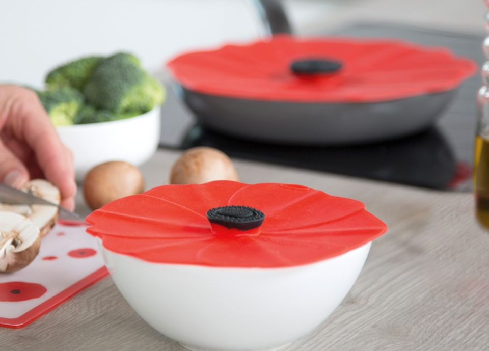 poppy-style silicone lids