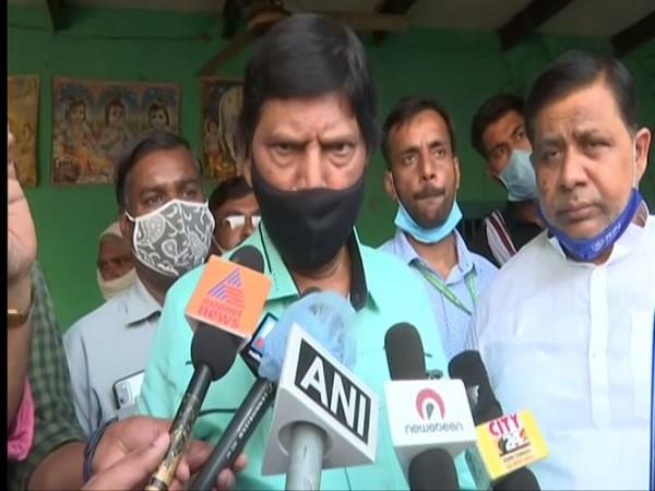 Union Minister of State for Social Justice and Empowerment Ramdas Athawale speaking to reporters in Hathras on Tuesday. Photo/ANI