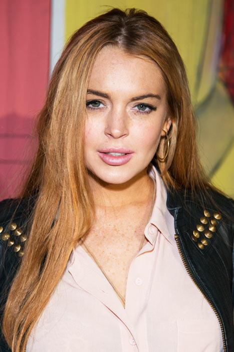 """Lindsay Lohan Parties Until 1 a.m. One Day After Being Treated for """"Exhaustion"""""""