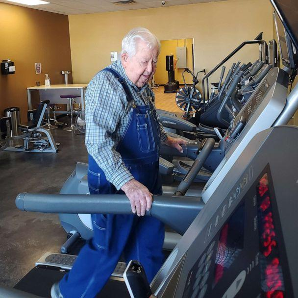 PHOTO: Lloyd Black walks on the treadmill as part of his fitness routine at Anytime Fitness, in Semmes, Ala. (Courtesy Ashley Seaman)