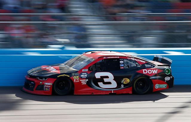"<a class=""link rapid-noclick-resp"" href=""/nascar/sprint/drivers/1595/"" data-ylk=""slk:Austin Dillon"">Austin Dillon</a> drives during the NASCAR Cup Series auto race at ISM Raceway, Sunday, March 10, 2019, in Avondale, Ariz. (AP Photo/Ralph Freso)"