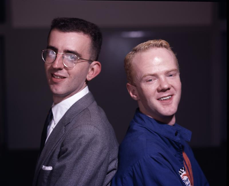 Pianist Richard Coles (left) and singer Jimmy Somerville of British pop duo The Communards, London circa 1985. (Photo by Michael Putland/Getty Images)