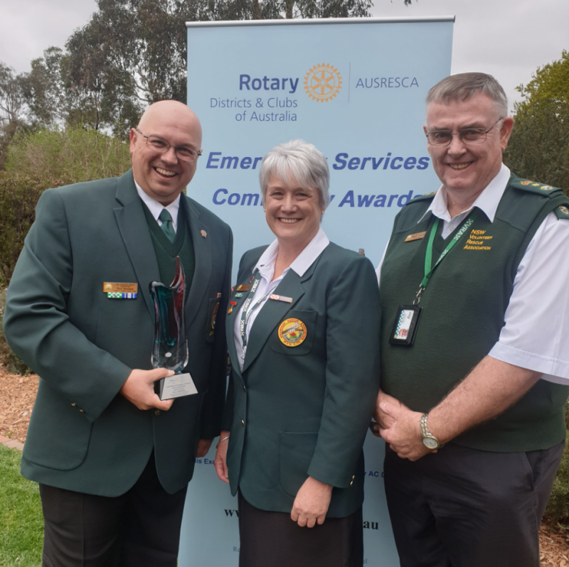 Paul Marshall, Captain of the Albury and Border Rescue Squad in Albury, NSW, accepts volunteer of the year award in Canberra.
