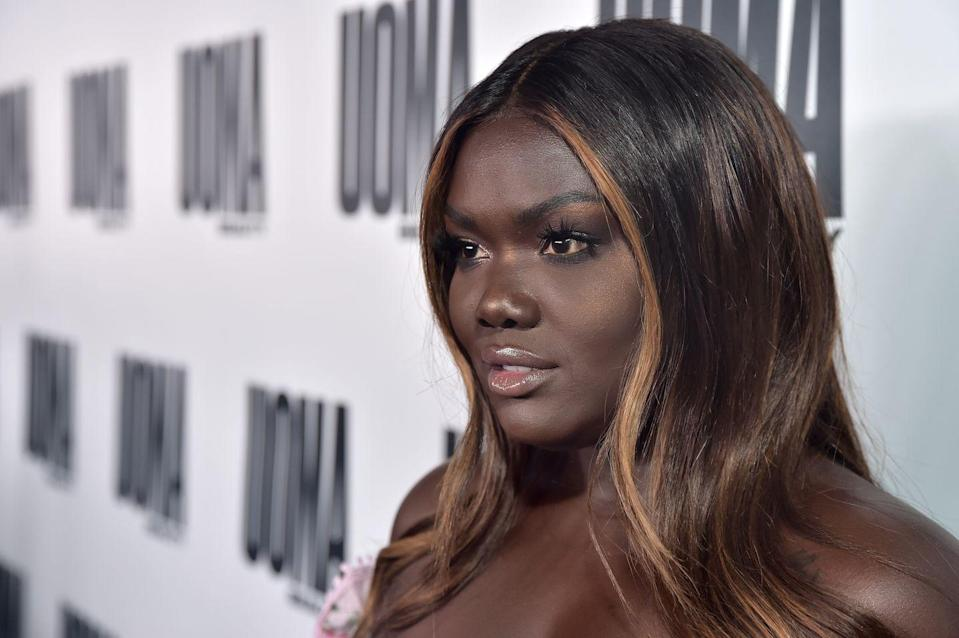<p>If you're hesitant about going full on blonde, consider trying just a few highlights to frame your face. Influencer and beauty brand ambassador Nyma Tang shows the powerful effect a subtle golden highlight can bring.</p>